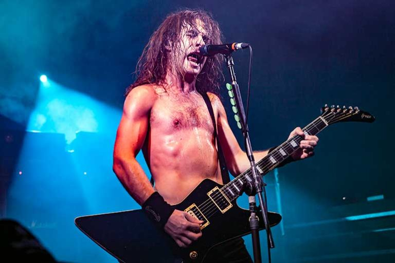Hard Rock Hell 7 Saturday – 30 November 2013